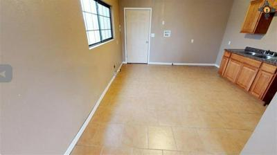 402 W AVENUE K, LOVINGTON, NM 88260 - Photo 2
