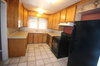 3005 ROSS ST, Clovis, NM 88101 - Photo 2