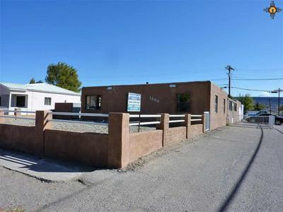 1200 CORDOVA CT, Grants, NM 87020 - Photo 1