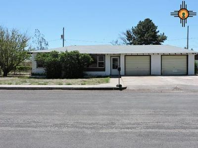 916 WALNUT ST, Clayton, NM 88415 - Photo 1