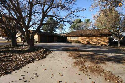 718 W AVENUE B, LOVINGTON, NM 88260 - Photo 2