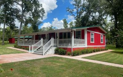 1055 SW LONCALA LOOP, Fort White, FL 32038 - Photo 1