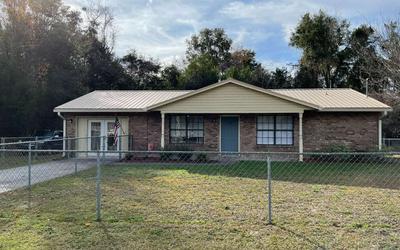 106 HILLCREST CIR NE, Branford, FL 32008 - Photo 1