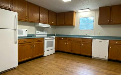 186 SW ASPEN GLN, Lake City, FL 32024 - Photo 2