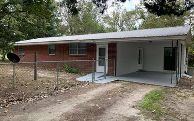 204 SW TINA GLN, Lake City, FL 32024 - Photo 1