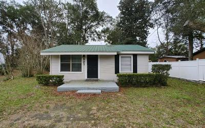 507 BARCLAY ST SW, Live Oak, FL 32064 - Photo 1