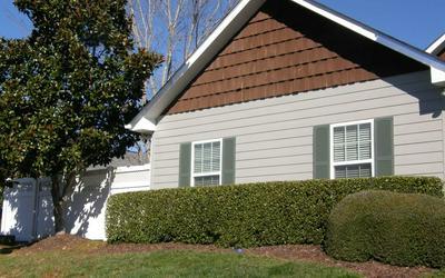 408 LONG VIEW CIR, HIAWASSEE, GA 30546 - Photo 1