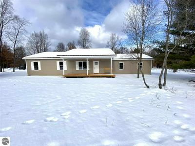10646 W ROSTED RD, LAKE CITY, MI 49651 - Photo 2