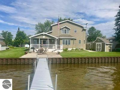 12739 E HOUGHTON LAKE DR, Houghton Lake, MI 48629 - Photo 1