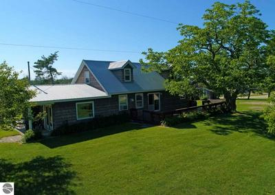 5076 QUARTERLINE RD, Kewadin, MI 49648 - Photo 2