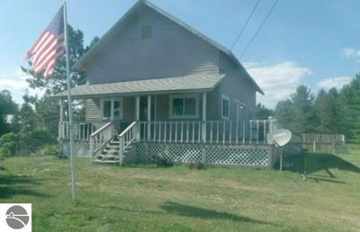 3597 SAGE LAKE RD, Lupton, MI 48635 - Photo 1