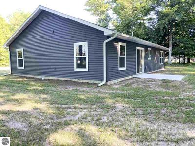 1042 LIPP FARM RD, Benzonia, MI 49616 - Photo 2