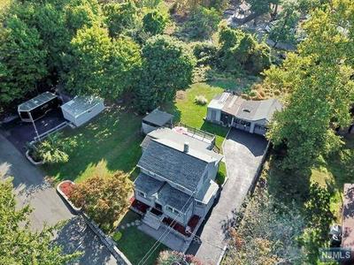 8 OLD RIFLE CAMP RD, Woodland Park, NJ 07424 - Photo 2