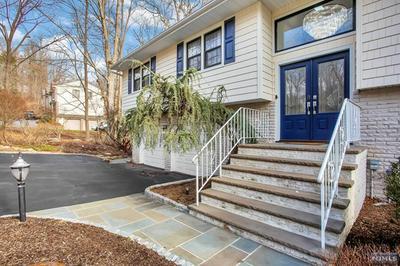 761 RIVENWOOD RD, Franklin Lakes, NJ 07417 - Photo 2