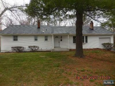 6 WINDSOR CT, Norwood, NJ 07648 - Photo 1
