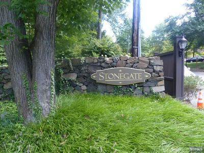 20 STONEGATE DR, ROSELAND, NJ 07068 - Photo 2