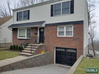 773 OAKWOOD LN, Ridgefield, NJ 07657 - Photo 1