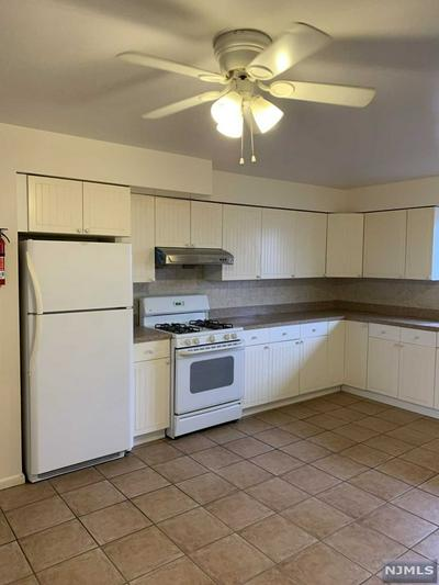 508 GREENMOUNT AVE # 2, RIDGEFIELD, NJ 07657 - Photo 2