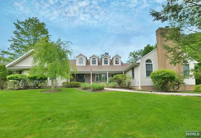 7 PHARIS PL, Upper Saddle River, NJ 07458 - Photo 2
