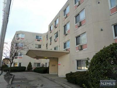 333 GRAND AVE APT 4L, Palisades Park, NJ 07650 - Photo 1