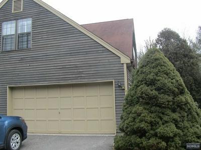 39 LEXINGTON LN APT H, West Milford, NJ 07480 - Photo 2