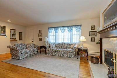486 CEDAR HILL AVE, Wyckoff, NJ 07481 - Photo 2