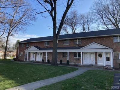 1105 WASHINGTON DR, Ramsey, NJ 07446 - Photo 1