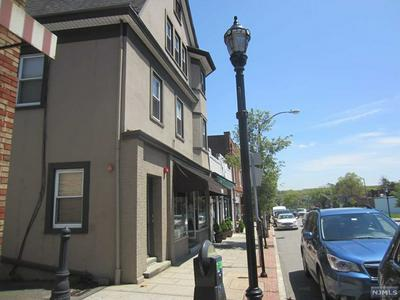638 BLOOMFIELD AVE APT 2, Verona, NJ 07044 - Photo 1