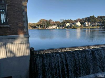 15 GREENWOOD AVE, Stanhope, NJ 07874 - Photo 2