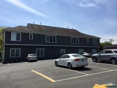 391 CLINTON AVE, Wyckoff, NJ 07481 - Photo 2