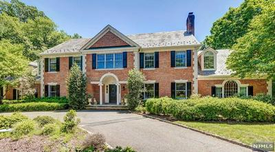 760 APPLE RIDGE RD, FRANKLIN LAKES, NJ 07417 - Photo 1