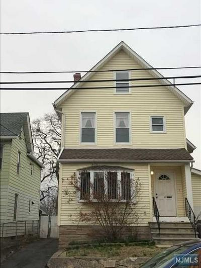 47 WASHINGTON PL, EAST RUTHERFORD, NJ 07073 - Photo 1