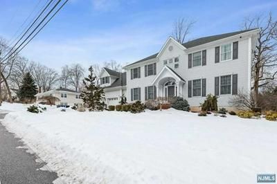 11 LAUREL RD, Demarest, NJ 07627 - Photo 2
