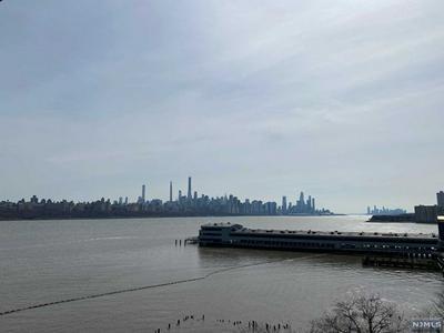 6305 CITY PL, EDGEWATER, NJ 07020 - Photo 1