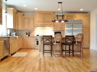 1003 WASHINGTON AVE S, OLD TAPPAN, NJ 07675 - Photo 2