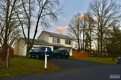 31 HANCOCK RD, Piscataway, NJ 08854 - Photo 2