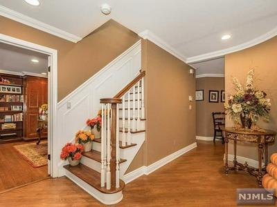719 CHEYENNE DR, FRANKLIN LAKES, NJ 07417 - Photo 2