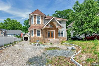 20 W GOUVERNEUR AVE, Rutherford, NJ 07070 - Photo 1