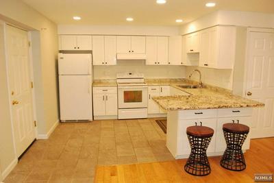 724 PEMBROKE WAY # 1, Ridgefield, NJ 07657 - Photo 2