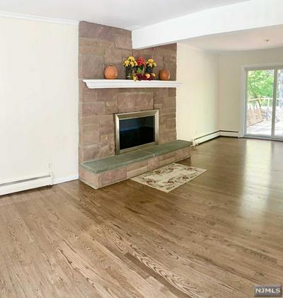 5 HOBART PL, Oakland, NJ 07436 - Photo 2