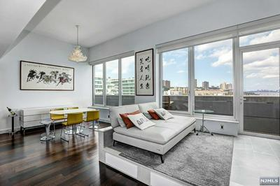 1000 AVENUE AT PORT IMPERIAL # PH703, Weehawken, NJ 07086 - Photo 2