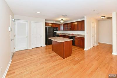 386 FRANKLIN AVE STE 203, Wyckoff, NJ 07481 - Photo 2