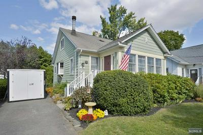 92 E GRAMERCY PL, Glen Rock, NJ 07452 - Photo 1