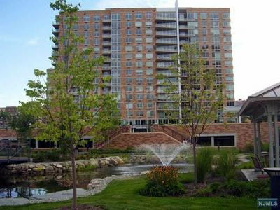 1717 HUDSON PARK # 1717, EDGEWATER, NJ 07020 - Photo 1