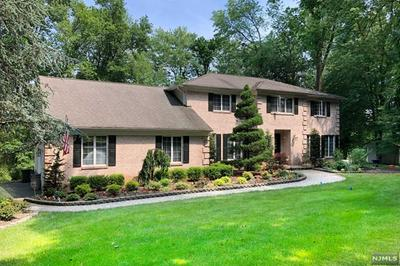 11 FAIRWAY LN, OLD TAPPAN, NJ 07675 - Photo 1