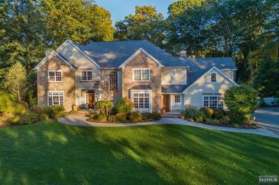 281 WOODSIDE AVE, Franklin Lakes, NJ 07417 - Photo 2