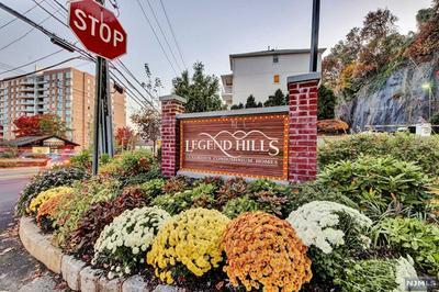 8 LEGEND HILLS DR # 8, EDGEWATER, NJ 07020 - Photo 1