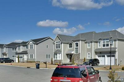 15 LAMB CT, Norwood, NJ 07648 - Photo 2