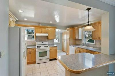 332 CLOSTER DOCK RD, Closter, NJ 07624 - Photo 2