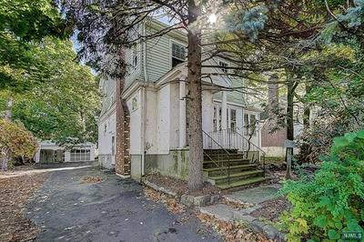 10 LIVINGSTON AVE, Roseland, NJ 07068 - Photo 2